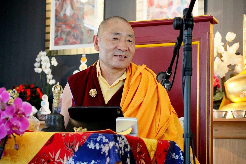 Retiro de Tara con lama Nyigyam